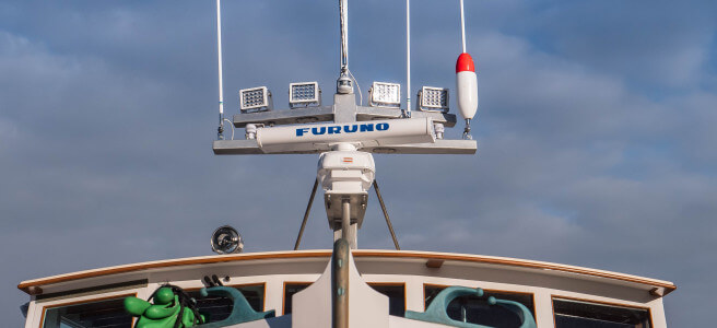 How to Choose the Best Deck Light for your Boat